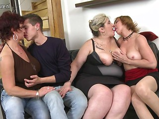 mature-orgy-pictures-embarrasses-naked-female