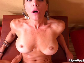 Old milfs fucking cock